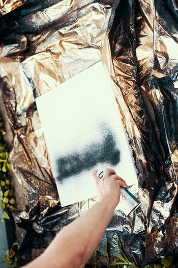 Fotografiere deshalb mit einer Styroporplatte lackieren