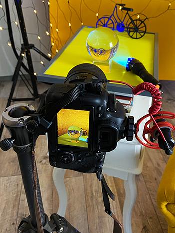 Glaskugel-Fotografie Tipps für scharfe Fotos mit Taschenlampe