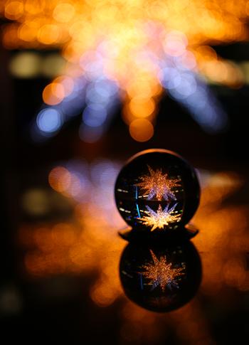 Glaskugel Fotografie Tipps und Bild Ideen Spiegelungen fotografieren