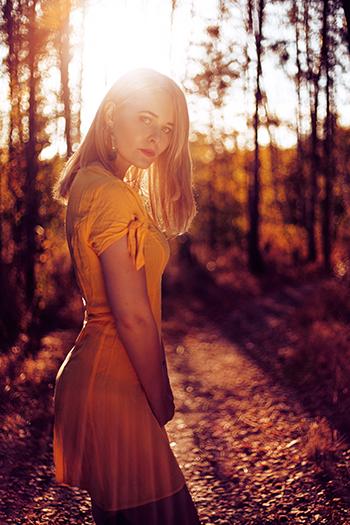 Brennweite in der Porträt-Fotografie Selfie mit Reflektor